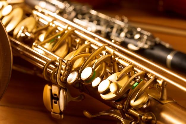 Classic music sax tenor saxophone and clarinet vintage Premium Photo