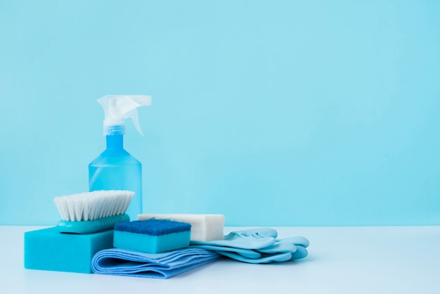 Cleaning products and copyspace Free Photo