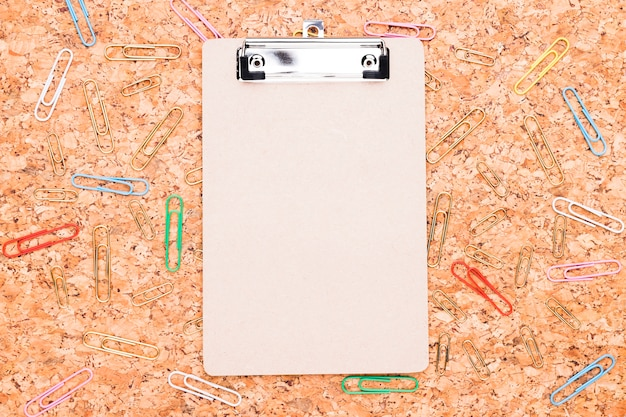 Clipboard and paper clips Free Photo
