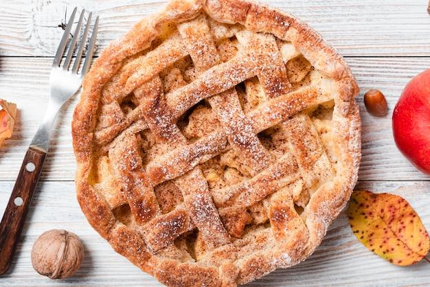 Close shot of appetizing pie Free Photo