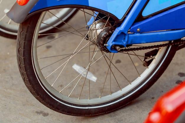 Close-up bike chain spinning back tire , rear wheel Premium Photo