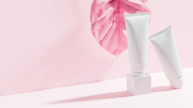 Close-up body butter recipient Premium Photo