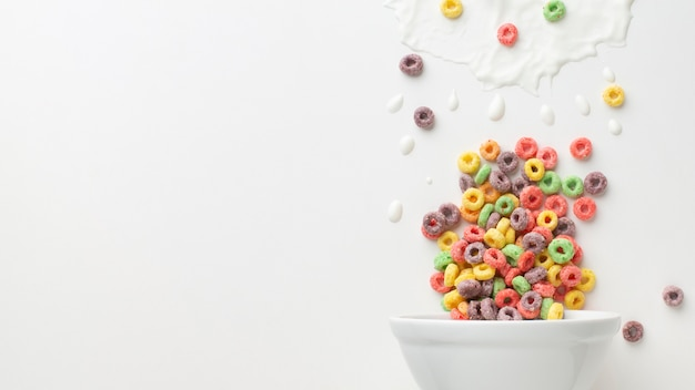 Close-up cereal bowl with copy space Free Photo