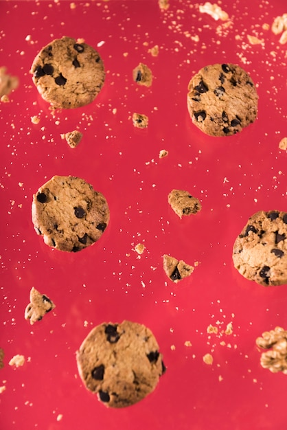 Close-up chocolate cookies with nuts Free Photo