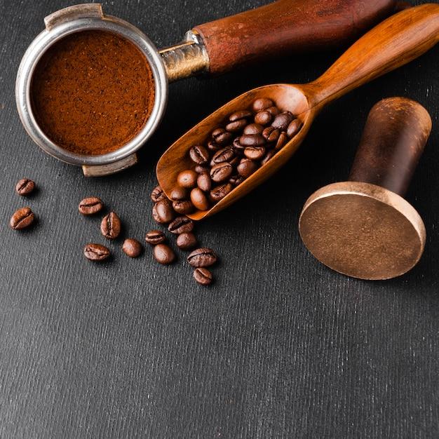 Кофейные аксессуары на столе Бесплатные Фотографии