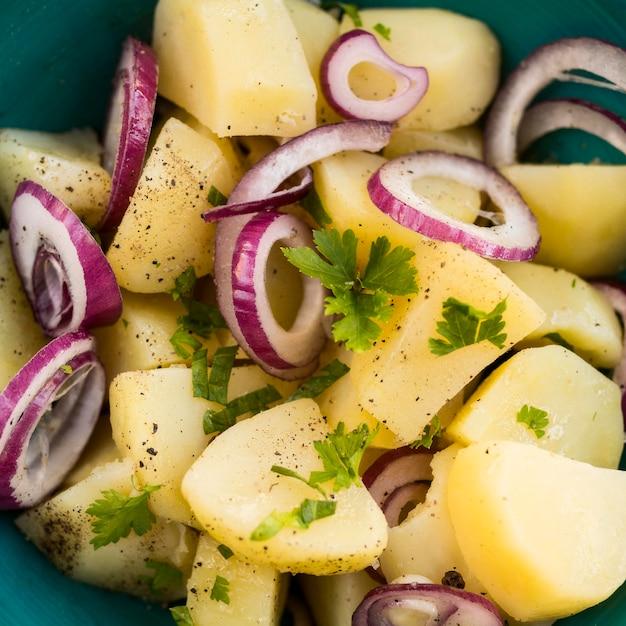 Insalata di patate deliziosa del primo piano Foto Gratuite