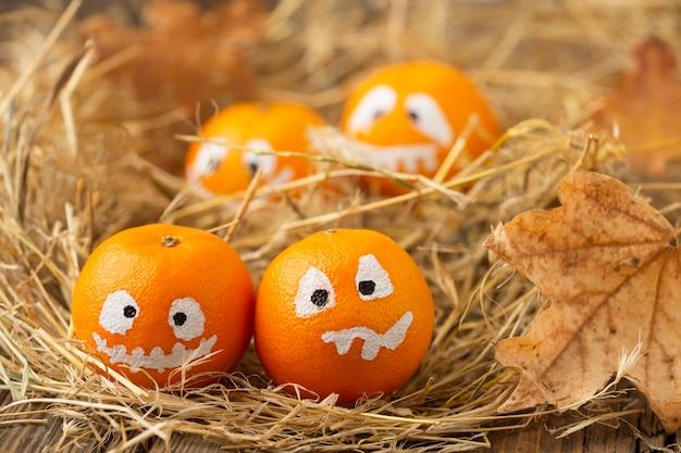 Zucche diaboliche del primo piano per halloween Foto Gratuite