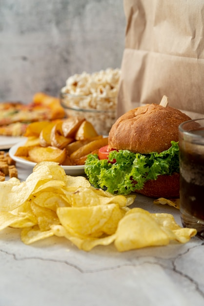 Close-up fast food on table Free Photo