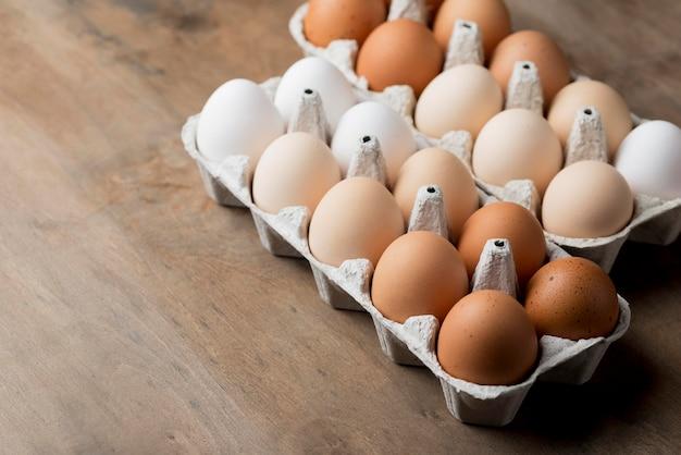 Close-up fresh chicken eggs Free Photo