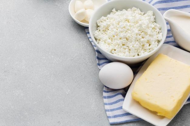 クローズアップフレッシュカッテージチーズ、バター 無料写真