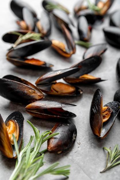 Chiuda in su delle cozze mediterranee gastronomiche Foto Gratuite