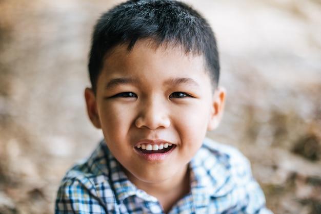 Close-up happy face boy Free Photo
