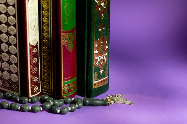 Close up of islamic books and prayer beads Photo | Free Download