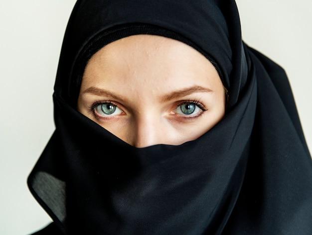 Close up of islamic woman portrait Premium Photo