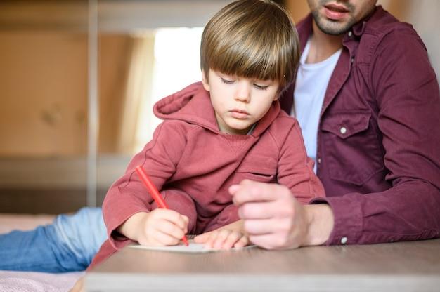 Детский рисунок крупным планом Бесплатные Фотографии