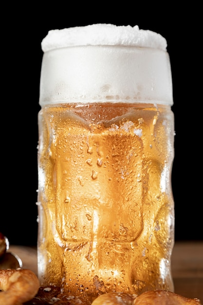 Close-up mug of beer with foam Free Photo