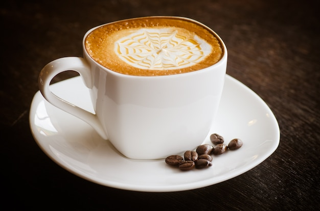 Close-up of a wonderful cup of hot coffee Premium Photo