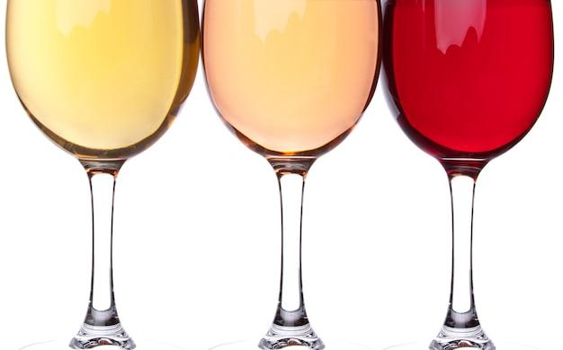 3つのワイングラスのクローズアップ Premium写真