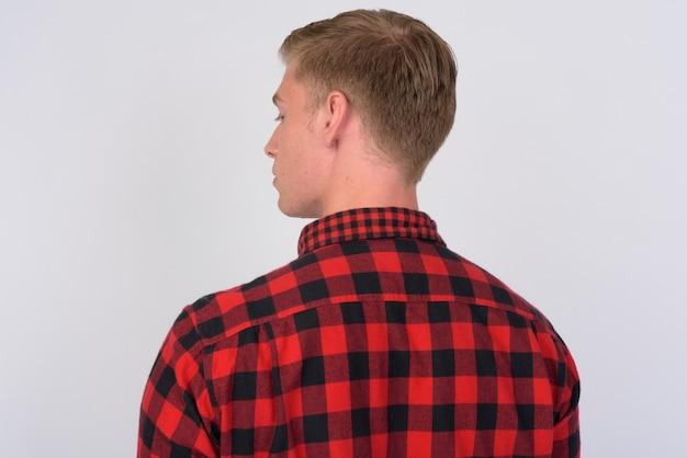 고립 된 금발 머리를 가진 젊은 잘 생긴 Hipster 남자의 클로즈업 프리미엄 사진