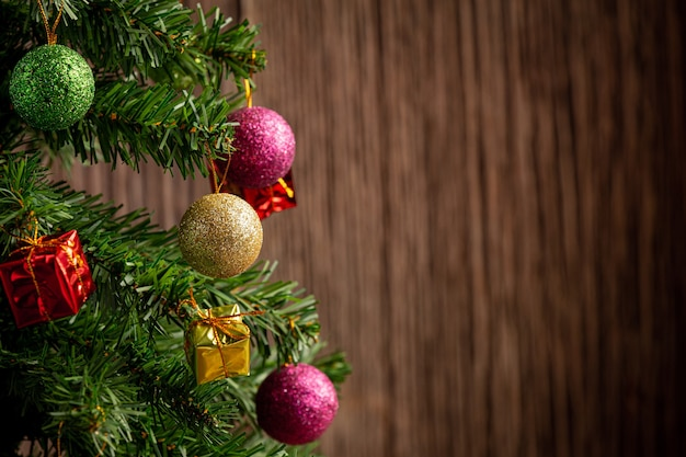 Close up picture of christmas tree decorate with ornament Free Photo