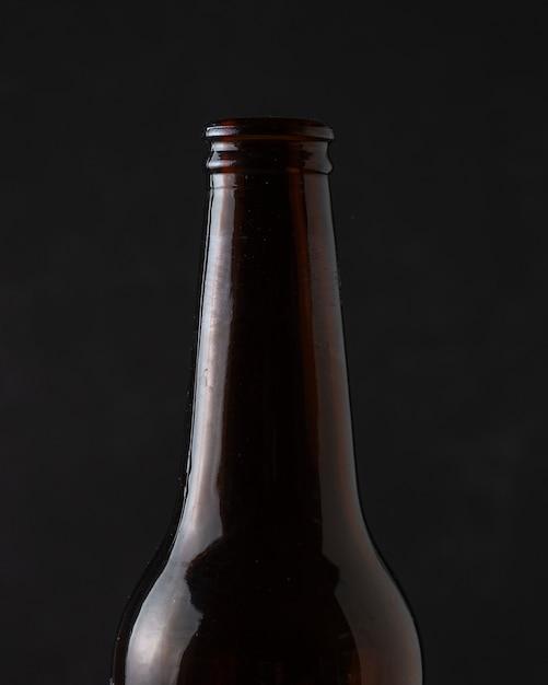 Close-up refreshing beverage on bottle Free Photo