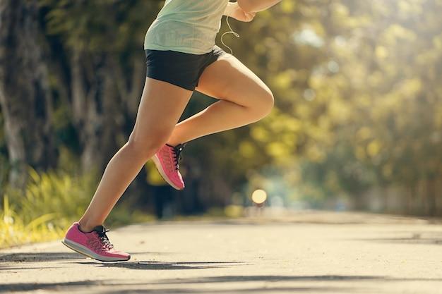 Картинки по запросу running legs