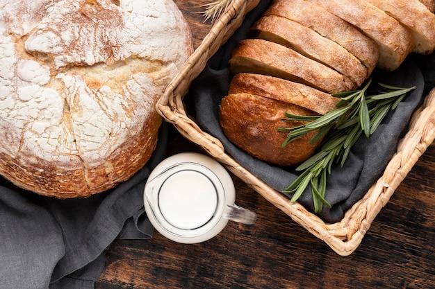 Крупным планом вид вкусного хлеба Бесплатные Фотографии