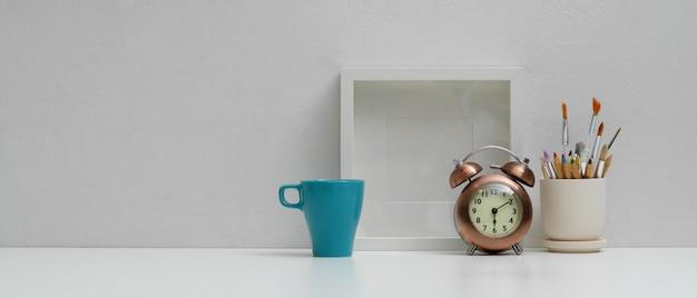 홈 오피스 인테리어 디자인보기 닫기 프리미엄 사진