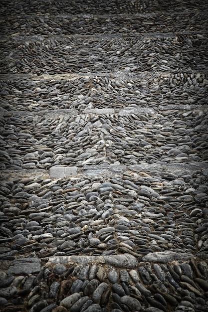 Крупным планом изображение каменной древней лестницы Premium Фотографии
