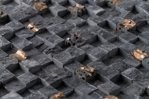 조명 아래 벽의 오래된 검은 정사각형 타일의 근접 촬영-배경 화면 멋진 무료 사진