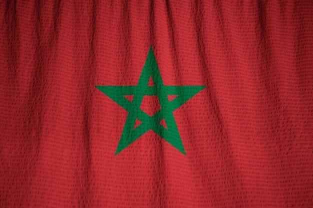 Макрофотография ruffled флаг марокко, марокко флаг, дует в ветре Premium Фотографии
