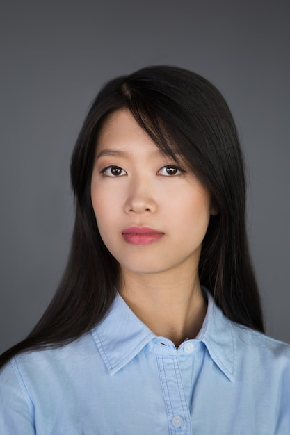 Closeup Portrait Of Young Asian Businesswoman Photo  Free -5517