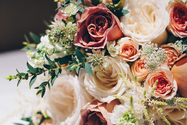 Closeup shot of a beautiful flower composition for a wedding ceremony Free Photo