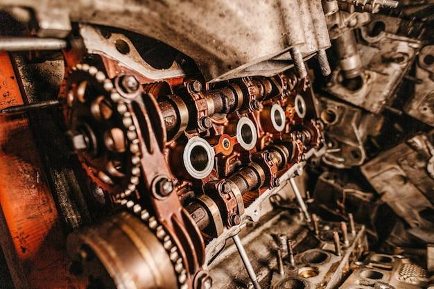 오래 된 산업 기계의 세부 사항의 근접 촬영 샷 무료 사진