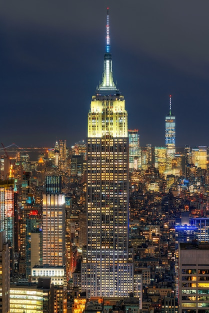 Closeup top scene of new york city cityscape in lower manhattan at the twilight time, usa Premium Photo