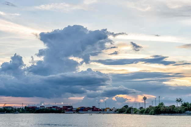 Cloud lake and cargo in songkhla province thailand Premium Photo