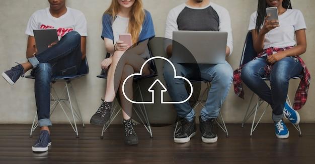 Cloud overlay parola giovani Foto Gratuite