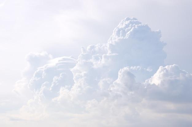 구름 프리미엄 사진