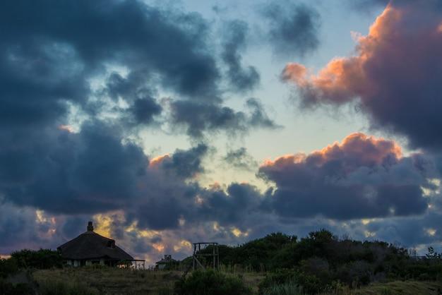 Cloudy morning Premium Photo