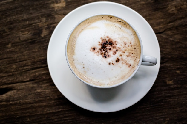 休みの日にコーヒーとケーキ Premium写真