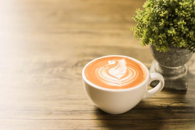 泡の描画とコーヒーカップ Premium写真