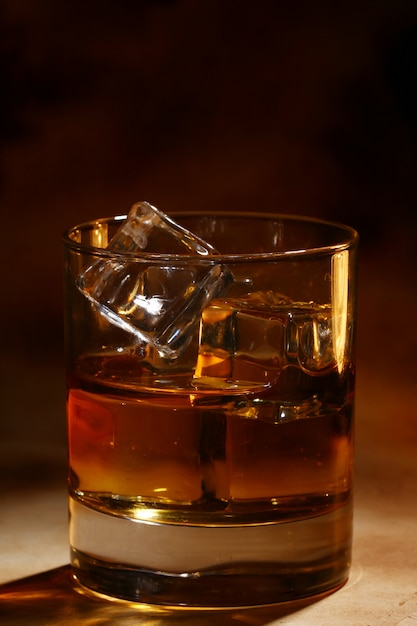 Cold whiskey Free Photo