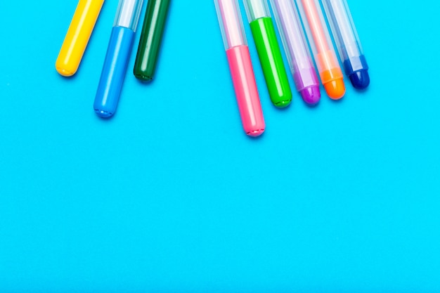 Colored marker pens Premium Photo