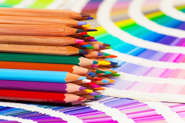 Colored pencils and color chart of all colors Premium Photo