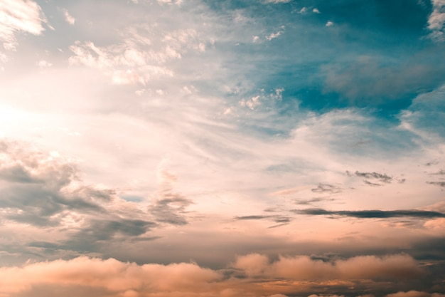 Colorful dramatic sky with cloud at sunset Premium Photo