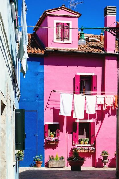 Colorful houses on burano Premium Photo