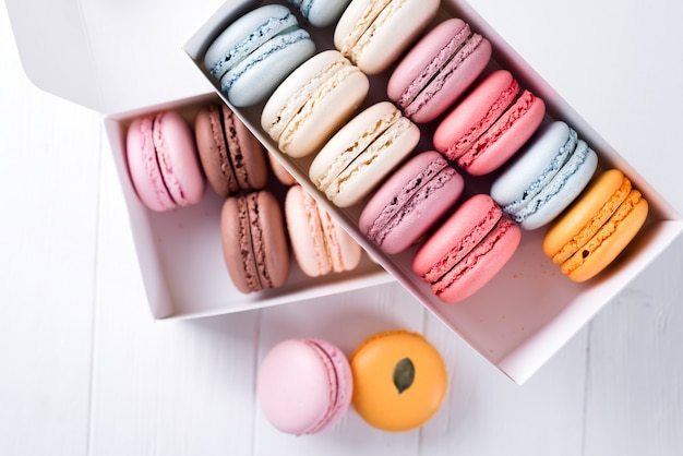Colorful macaroons. sweet macarons. Premium Photo