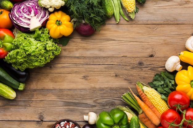 Красочный фон из овощей с копией пространства Premium Фотографии