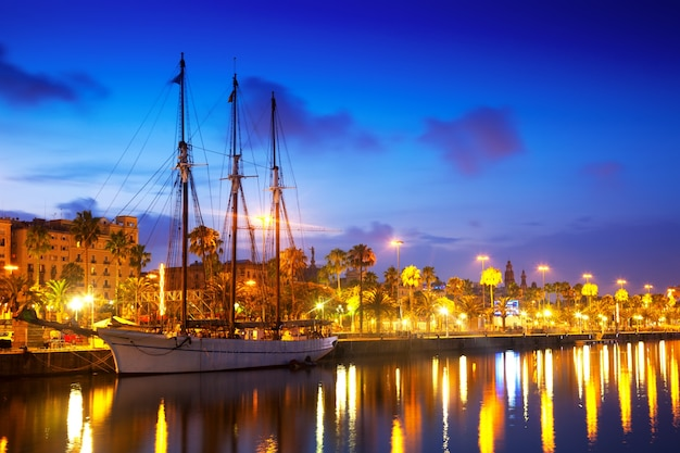 Columbus quay from port vell in evening. barcelona Free Photo
