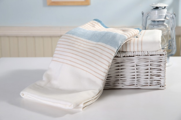 Colurfull bed sheets for sale at madiwala market, bangalore Premium Photo